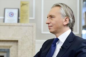 """Tạp chí Forbes """"điểm danh"""" các nhà điều hành công ty giàu nhất ở Nga"""
