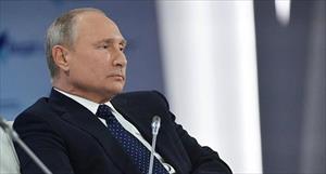 """Putin kể chuyện các vệ sỹ ăn phô mai và """"thử"""" rượu vang biếu Tổng thống"""