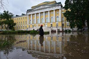 Moskva trải qua đợt mưa lớn nhất kể từ năm 1998