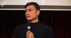 Thủ môn Đặng Văn Lâm cùng gia đình giao lưu thân mật với cộng đồng Việt Nam tại Nga