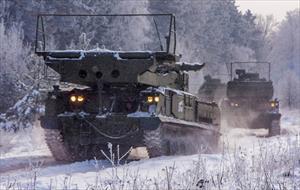 Cận cảnh tên lửa Buk-M3 Nga huấn luyện trong mưa tuyết kỷ lục