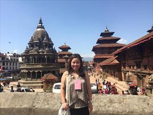 6 tiếng giữa tâm động đất Nepal của cô gái Việt Nam