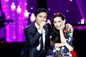 """Vì sao Phi Nhung và Mạnh Quỳnh mãi chỉ là """"người tình"""" trên sân khấu?"""
