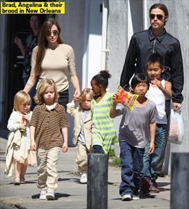 Angelina Jolie phân chia tài sản 2,6 nghìn tỷ đồng cho người con trai nhận nuôi từ Campuchia?