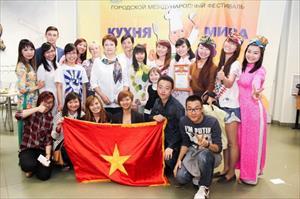 Sinh viên Việt Nam dành ngôi quán quân tại Festival ẩm thực quốc tế