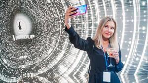 Báo Nga: Quên Xiaomi đi, điện thoại Vsmart và ô tô Vinfast sẽ tràn ngập thị trường Nga