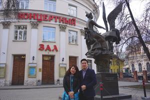 Đến Nhạc viện Gnesinye gặp đôi vợ chồng học viên thanh nhạc Việt Nam vừa đoạt giải thi quốc tế lớn ở Balan
