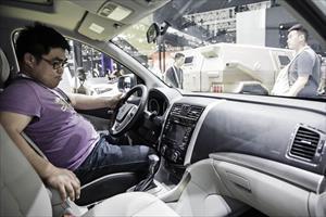 Mùi hương đang làm hại các hãng xe ở Trung Quốc như thế nào?