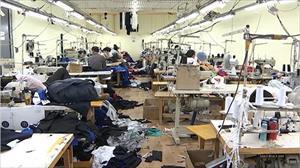 Moskva: Phát hiện xưởng may hàng quần áo thể thao giả hiệu