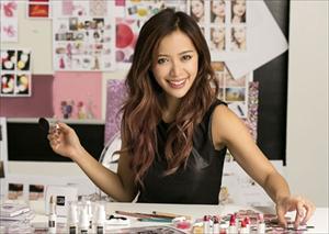 Cô gái gốc Việt từ bồi bàn đến chuyên gia trang điểm nổi tiếng