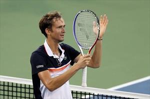 Tay vợt Nga biến Novak Djokovic thành cựu vương Cincinnati Open