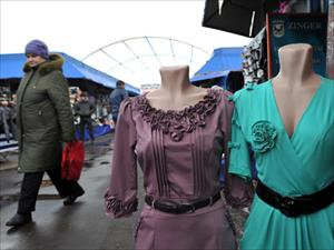 Moskva: Đóng cửa nhiều quầy hàng ở chợ