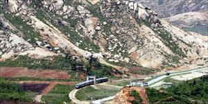 """Dự án """"khủng"""" của Nga: cải tạo đường sắt Triều Tiên để tiếp cận nguồn khoáng sản"""