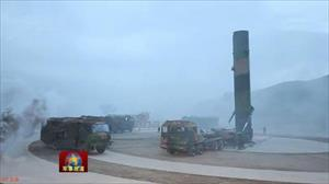 """Báo Trung Quốc """"khoe"""" vũ khí mạnh nhất khiến Nga, Mỹ phải ghen tị"""