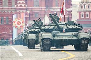 Nga lần đầu mang hơn 20 vũ khí tối tân trình diễn tại duyệt binh ở Moscow