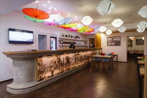 """Chuỗi nhà hàng ẩm thực """"Hanoi City"""" và """"Golden Panda"""" tại St. Petersburg"""