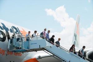 Lo cháy nổ, cấm sử dụng sạc pin dự phòng điện thoại trên máy bay