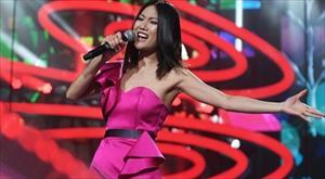 Nữ ca sĩ người Việt gây sốt tại Nga