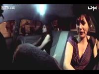 Taxi ma quỷ và 2 cô gái xinh đẹp