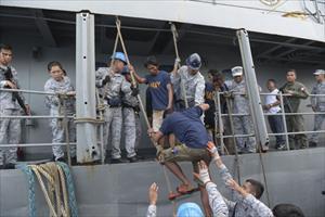 """Trung Quốc lại khuấy đảo Biển Đông khiến các nước không thể """"ngồi im"""""""
