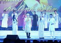 Tin ảnh: Diễn biến của chương trình ca nhạc Việt Nam trong tôi 2 tại Moscow