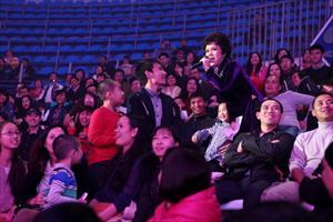 """Hậu trường và khán giả đến với đêm diễn: """"Mùa thu yêu thương"""""""