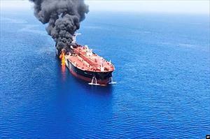 """Sự cố Vịnh Oman: Liệu do Iran gây ra hay là lời """"vu vạ"""" của Mỹ?"""