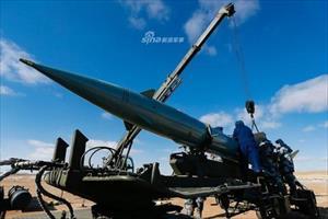 Có S-400, Trung Quốc vẫn dùng tên lửa thời Liên xô