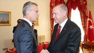 """Kích hoạt """"trái cấm"""" ở Syria, Thổ Nhĩ Kỳ có thể lôi kéo toàn bộ thành viên NATO """"một mất một còn"""" với Nga?"""
