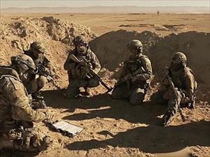 Hình ảnh xúc động về những người lính Nga bên thi thể đồng đội hy sinh ở Syria