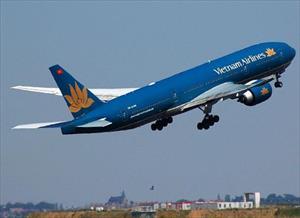 Vietnam Airlines hủy bay hàng loạt do ảnh hưởng siêu bão số 8