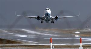 Máy bay Boeing 737-800 hạ cánh khẩn cấp ở Nga, khả năng hỏng động cơ