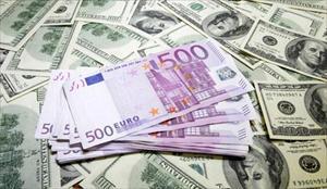 Nga lần đầu tiên đấu giá tiền gửi ngoại tệ