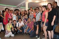 """Đoàn nghệ sĩ Chương trình """"TÔI YÊU VIỆT NAM – 2013"""" đến với bà con người Việt tại TTTM Sadovod"""