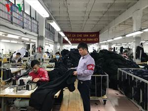 Hơn 10.000 lao động Việt Nam đang làm việc trong ngành dệt may tại Nga
