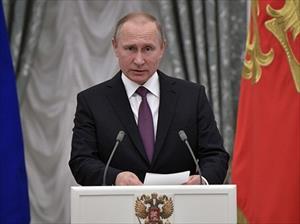 Đích thân ông Putin trao thưởng cho các sĩ quan Nga tham chiến ở Aleppo, Syria