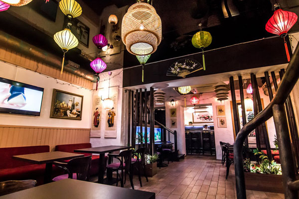 """Ẩm thực Việt trên đất nước Nga: Nhà hàng """"Phở-Ligov"""" tại thành phố St. Petersburg"""