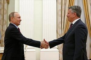 Tổng thống Nga Putin làm việc với Tổng giám đốc Tập đoàn Shell