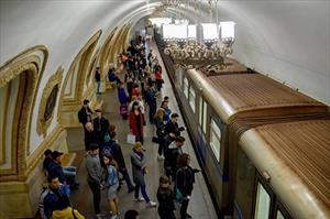 Tàu điện ngầm Moscow: Thời gian ngừng lại ở nơi bận rộn nhất