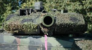 Phương Tây cuống cuồng lo đối phó siêu vũ khí Nga