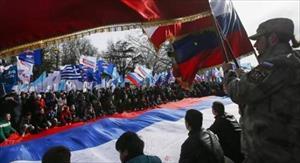 """Vì lợi ích với Nga, EU sẽ phớt lờ ước mơ """"mòn mỏi"""" của Ukraine"""