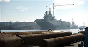 """Pháp dự định đền bù phí tổn của Nga về """"Mistral"""""""