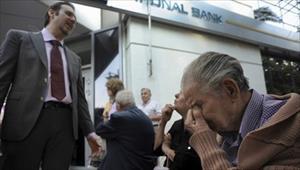 Hy Lạp đóng cửa ngân hàng, chứng khoán toàn cầu lao dốc