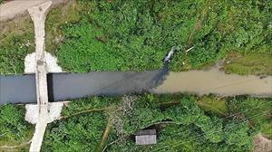 Ai thực sự đứng sau vụ đổ dầu thải vào nguồn nước Sông Đà?