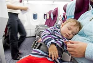 Phòng tránh chấn thương khi máy bay vào vùng nhiễu động