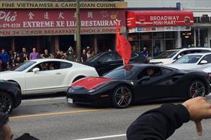Giới nhà giàu Trung Quốc lái siêu xe đi biểu tình, làm náo loạn đường phố Canada
