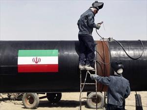 Iran hoàn thành thỏa thuận đổi dầu lấy hàng hóa với Nga