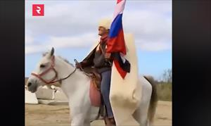 Cưỡi ngựa từ Syria tới Nga để gặp Putin