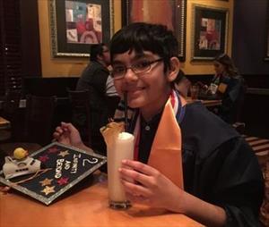 Sốc: Cậu bé 11 tuổi có ba bằng đại học