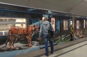 """Video: """"Những chuyến tàu Metro nghệ thuật"""" ở Moscow"""